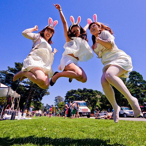 jumping bunny girls - bay to breakers footrace and street party (san francisco)-, bay to breakers, bunnies, bunny ears, footrace, golden gate park, japanese, jump, jumpshot, lawn, street party, women