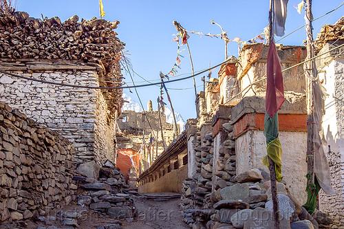kagbeni village street (nepal), annapurnas, buddhism, kagbeni, kali gandaki valley, prayer mills, prayer wheels, street, tibetan, village