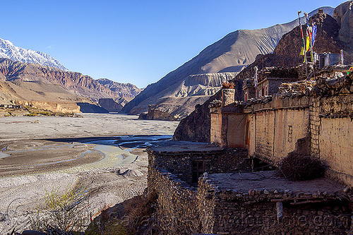 kali gandaki valley and kagbeni village (nepal), annapurnas, kagbeni, kali gandaki river, kali gandaki valley, mountains, river bed, village, water