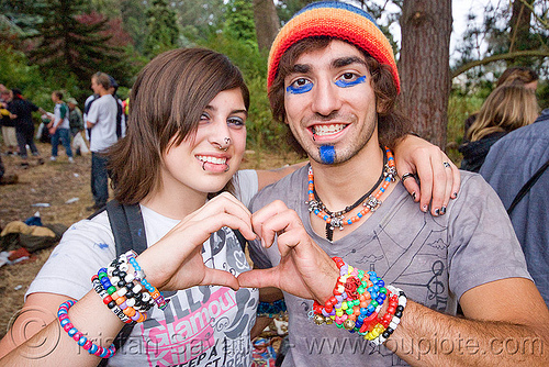 kandi couple making heart sign, beads, bracelets, clothing, couple, fashion, finger heart, heart sign, jess, kandi kid, kandi raver, man, party, plur, sergio nunez
