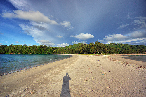 tombolo, autognomon, clouds, double beach, kelambu beach, kelambu tombolo, ocean, peninsula, rain forest, sand, sea, seashore, shadow, shoal, shore, tidal sandbar, tied island