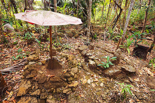 khasi tribal tombs near mawlynnong (india), cemetery, east khasi hills, graves, indigenous, mawlynnong, meghalaya, tombs, tribal, umbrella