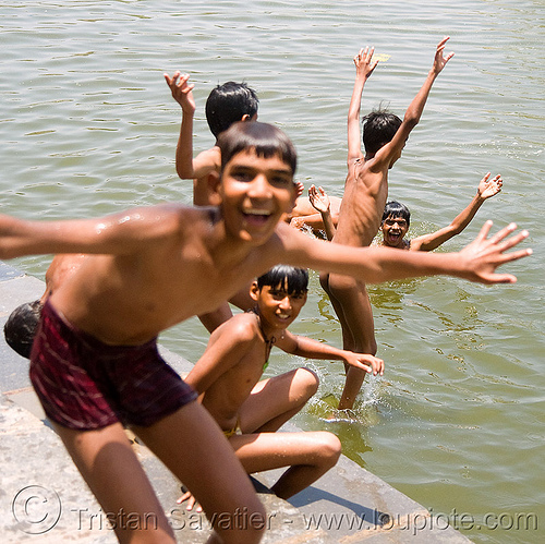 kids bathing in lake - udaipur (india), bath, bathing, child, kids, lake, swimming, udaipur, water