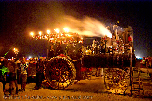 kinetic steam works' case traction engine hortense at night - burning man 2007, art car, burning man, mutant vehicles, night, steam engine, steam tractor, steampunk