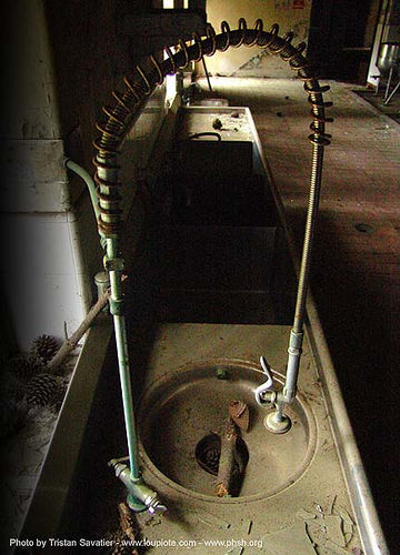 kitchen-sink, abandoned hospital