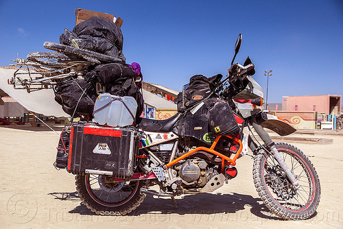 KLR 650 motorbike - burning man 2016, bags, bicycle, bike, burning man, dual-sport, kawasaki, klr 650, luggage, motorbike touring, motorcycle touring, overloaded, panniers, tank bag, water jug