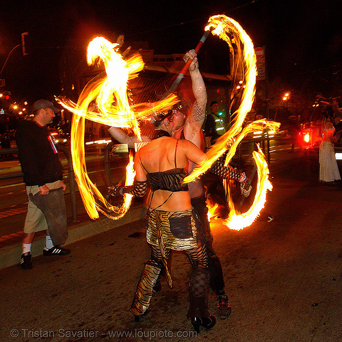 la rosa (jaden) and ro, double staff, fire dancer, fire dancing, fire performer, fire spinning, fire staffs, fire staves, flames, jaden, long exposure, los sueños del fuego, lsd fuego, march of light, night, pyronauts, spinning fire