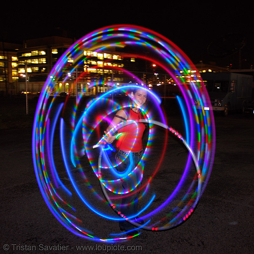 la rosa (jaden) spinning LED hula hoop  - LSD fuego, fire dancer, fire dancing, fire performer, fire spinning, glowing, hula hooping, led hoop, led hula hoop, led lights, led-light, light hoop, long exposure, los sueños del fuego, lsd fuego, night, spinning fire