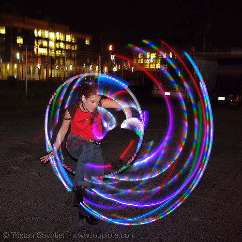 la rosa (jaden) stepping through LED hoop - LSD fuego, fire performer, fire spinning, glowing, hula hoop, hula hooping, led hula hoop, led lights, led-light, light hoop, long exposure, los sueños del fuego, night, spinning fire
