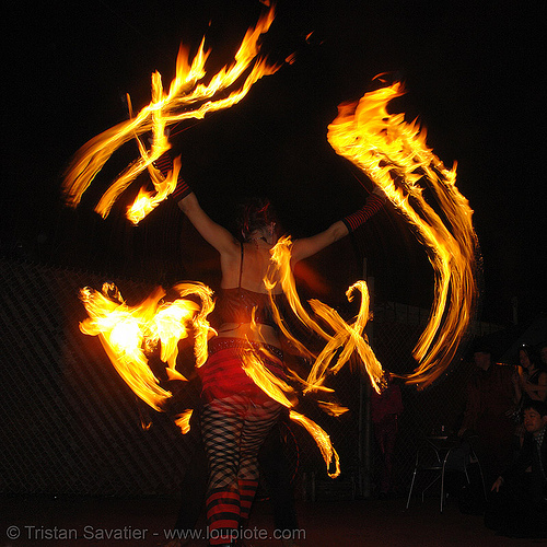 la rosa (jaden) with fire fans - LSD fuego, fire dancer, fire dancing, fire fans, fire performer, fire poi, fire spinning, night, spinning fire