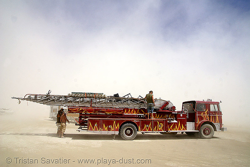 ladder firetruck art car - burning man 2007, art car, burning man, fire engine, fire truck ladder, ladder fire truck, ladder truck, lorry, mutant vehicles