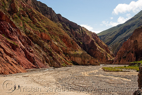 large valley at the confluence of two rivers near iruya (argentina), iruya, mountains, noroeste argentino, quebrada de humahuaca, river bed, san isidro, trail, trekking, valley