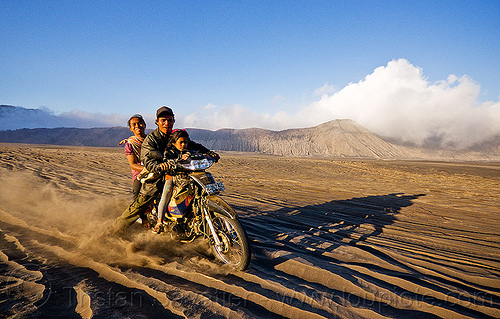 lautan pasir - sea of sand, children, family, indonesia, kids, lautan pasir, man, motorcycle touring, rider, riding, ruts, sand, tengger caldera, underbone motorcycle, volcanic ash, woman