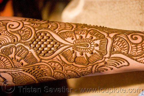 Leg Mehndi - Henna Temporary Tattoo (India)