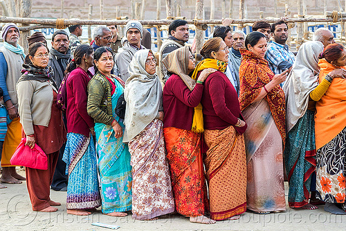 line of hindu pilgrims at temple gate, crowd, hindu, hinduism, kumbha mela, line, maha kumbh mela, men, queue, row, women