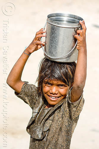 little girl carrying water (india), child, kid, people