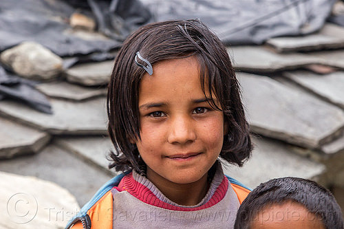 little girl in himalayan village (india), child, janki chatti, kid, people