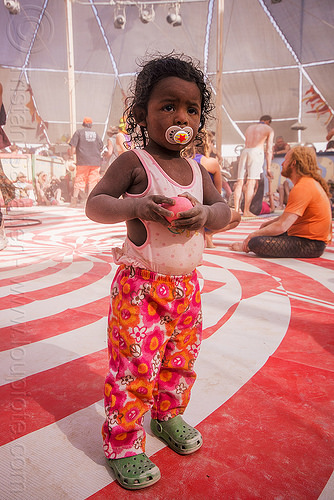 little girl with pacifier - burning man 2015, burning man, center camp, child, kid, lila, little girl, pacifier, standing, toddler