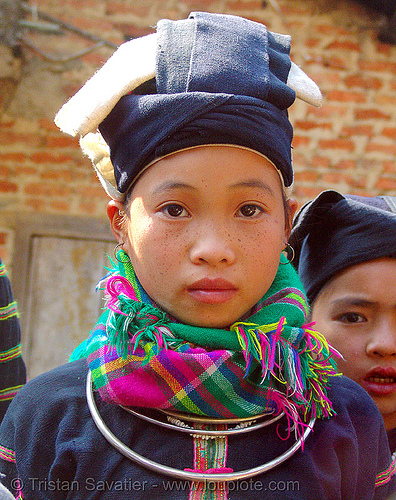 """lo lo den"" tribe girl - vietnam, black lo lo tribe, children, girls, hat, headwear, hill tribes, indigenous, kids, little girl, lo lo den tribe, necklace, people, tribe girl"