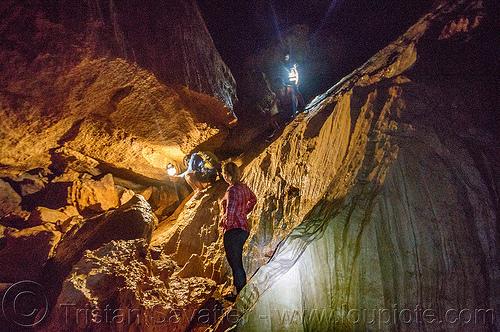 lumiang / sumaguing cave - sagada (philippines), cavers, caving, lumiang cave, natural cave, philippines, sagada, spelunkers, spelunking, sumaguing cave