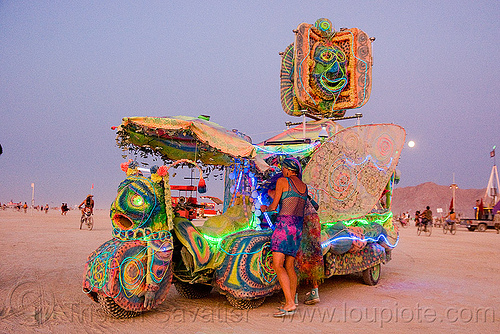lunapillar art car - burning man 2009, art car, burning man, lunapillar