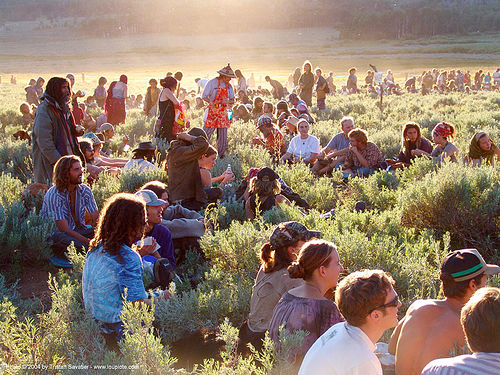main-circle-supper - rainbow gathering - hippie, backlight, hippie, main circle, rainbow family, rainbow gathering