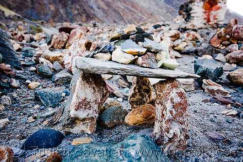mandas - nubra valley - ladakh (india), stones
