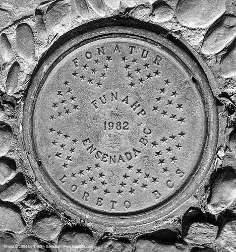 manhole cover (loreto, baja california, mexico), baja california, ensenada, fonatur, loreto, manhole cover