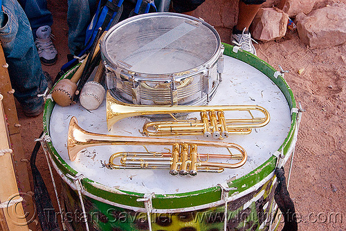 marching band instruments - trumpets and drums, andean carnival, argentina, comparsa, drums, drumsticks, los caprichosos, marching band, musical instruments, noroeste argentino, quebrada de humahuaca, tilcara, trumpets