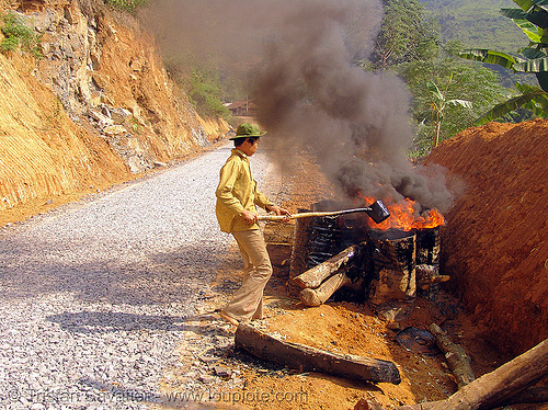 melting asphalt (bitumen) with fire - vietnam, barrels, burning, fire, flames, groundwork, hot asphalt, hot bitumen, macadam, mèo vạc, pavement, paving, petroleum, road construction, roadworks