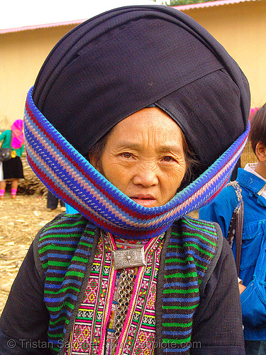 mien yao/dao tribe woman with impressive headwear - vietnam, asian woman, colorful, dao, dzao tribe, headdress, hill tribes, indigenous, mature woman, mien yao tribe, mèo vạc, old, vietnam