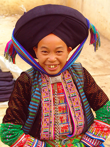 mien yao/dao tribe woman with impressive headwear - vietnam, asian woman, dzao tribe, gold teeth, happy smile, hat, headwear, hill tribes, indigenous, market, mien dao tribe, mien yao tribe, mèo vạc, people, turban, zao tribe