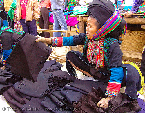 mien yao/dao woman - vietnam, dzao tribe, hill tribes, indigenous, market, mien dao tribe, mien yao tribe, mèo vạc, zao tribe