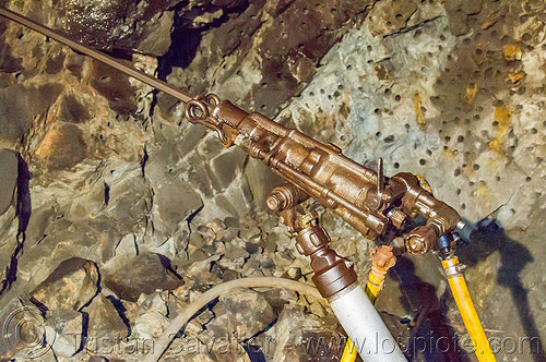 mining air drill - balatoc mines (philippines), air drill, balatoc mines, gold mine, philippines, pneumatic drill