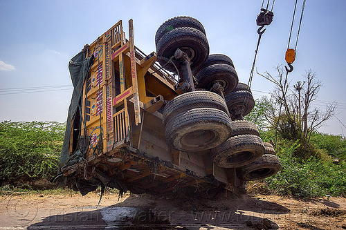 mobile cranes lift overturned semi-trailer truck (india), artic, articulated truck, cables, cranes, crash, hooks, india, overturned, road, semi-trailer, tata motors, tractor trailer, traffic accident, truck accident