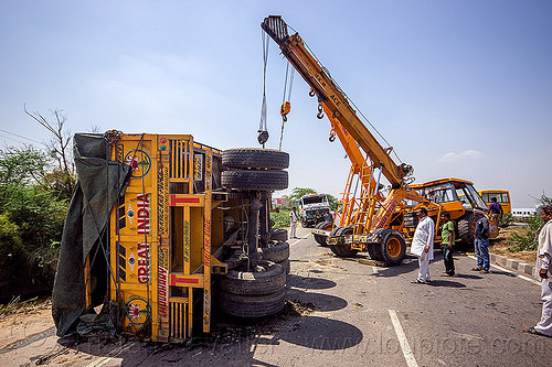mobile cranes lift overturned truck semi-trailer (india), ace 12xw, artic, articulated truck, at work, crane truck, crash, india, men, mobile crane, overturned, pradhan cranes, road, semi-trailer, tata motors, tractor trailer, traffic accident, truck accident, working, yellow