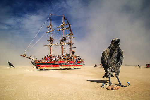 monaco art ship - giant ravens - burning man 2016, art car, art installation, art ship monaco, burning man, giant bird, giant crow, giant raven, mutant vehicles, paanuts, sculpture, tall ship