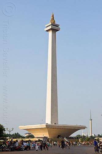 monas - monumen nasional - indonesia (jakarta), architecture, column, jakarta, java, medan merdeka, merdeka square, monas, monumen nasional, national monument, park