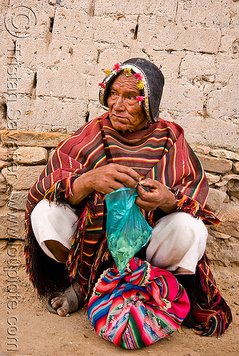 montero leather hat (bolivia), coca leaves, indigenous, montero hat, old man, quechua, tarabuco, woman