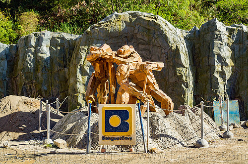 monument to gold miners (philippines), balatoc mines, gold mine, monument, philippines, sculpture