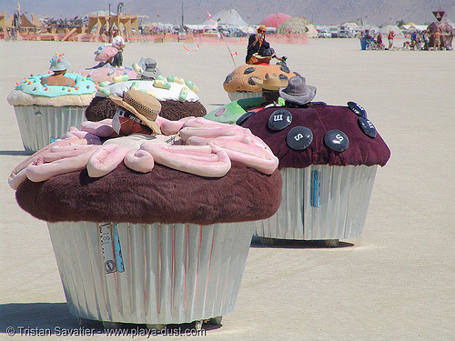 motorized cupcakes - burning-man 2005, art, burning man, cakes, cars, cup, muffins, west coast cupcakes