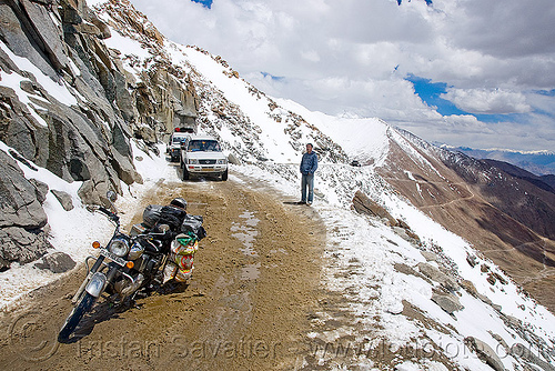 muddy and snowy road - khardungla pass - ladakh (india), khardung la pass, ladakh, motorbike touring, motorcycle touring, mountain pass, mountains, mud, road, royal enfield bullet, snow