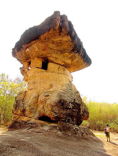 mushroom rock - ho nang usa - หอนางอุสา, anke rega, balancing rock, ban phu, boulder, erosion, people, phu phra bat, phu phra bat historical park, rock formations, sandstone, stones garden, woman, ประเทศไทย, หอนางอุสา, อุทยานประวัติศาสตร์ภูพระบาท