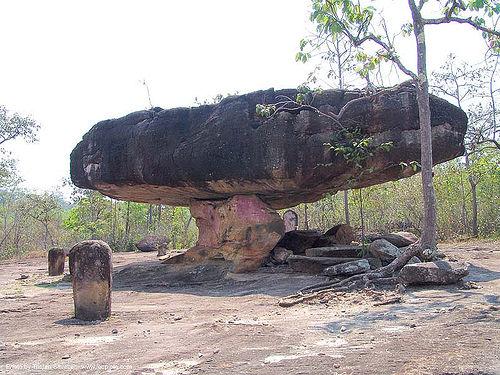 mushroom rock, balancing rock, ban phu, boulder, erosion, phu phra bat, phu phra bat historical park, rock formations, sandstone, stones garden, ประเทศไทย, อุทยานประวัติศาสตร์ภูพระบาท