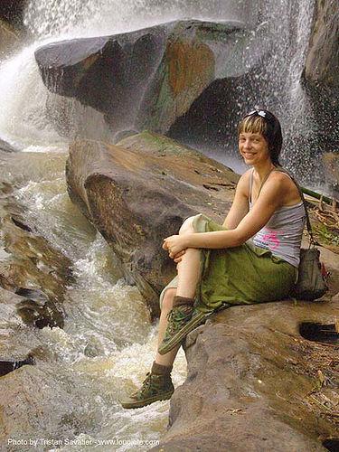 น้ำตกชาติตระการ - namtok chat trakan - pakrong waterfall - thailand, anke rega, falls, nam tok chat trakan, namtok, pakrong, water, waterfall, woman, น้ำตกชาติตระการ, ประเทศไทย
