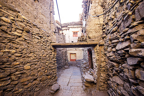 narrow street and stone walls in kagbeni village (nepal), annapurnas, kagbeni, kali gandaki valley, village