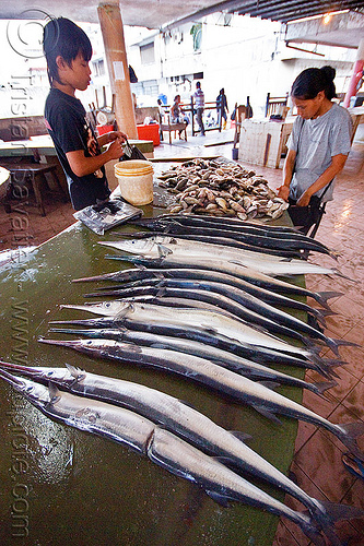 needlefish at fish market, fish market, fishes, lahad datu, men, merchant, needlefish, vendor