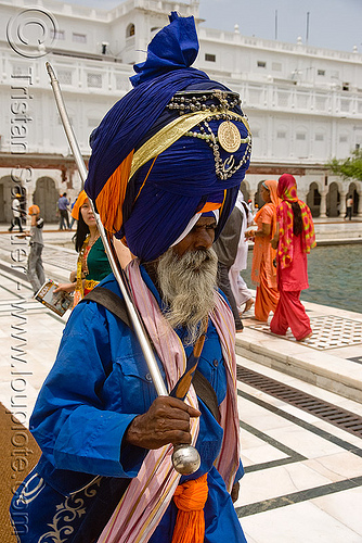 nihang singh - sikh guard at the golden temple - amritsar (india), amritsar, golden temple, guard, guardian, gurdwara, nihang singh, nihang warrior, old man, punjab, sikh, sikhism, white beard