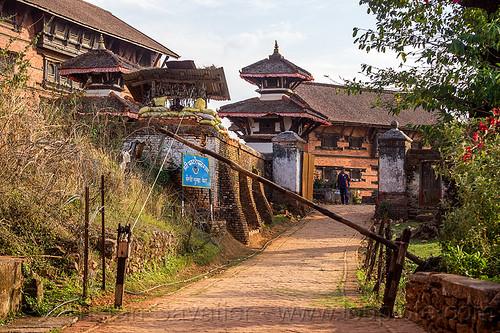 nuwakot palace entrance gate (nepal), nuwakot durbar, road, saat taale durbar
