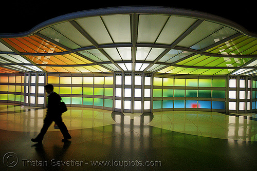 chicago O'hare international airport - pedestrian tunnel - silhouette, o'hare, ord, people, walking